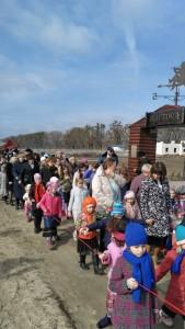 פליטים יהודיים בכפר האוקראיני.צילום עמיעד טאוב