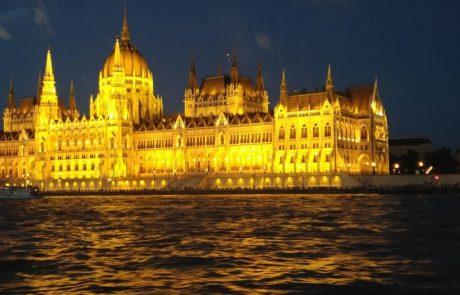 הונגריה הסרוגה:מדריך למטייל דתי על גדות הדנובה
